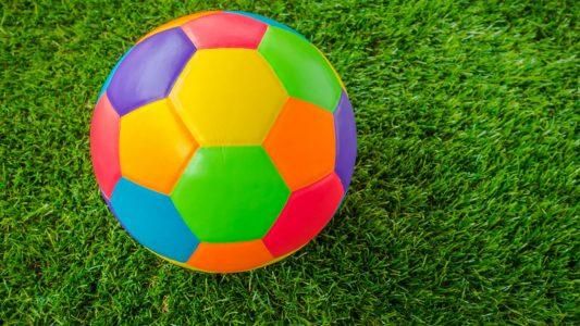 Γιατί η μπάλα ποδοσφαίρου είναι ασπρόμαυρη και άλλες χρωματιστές απορίες…