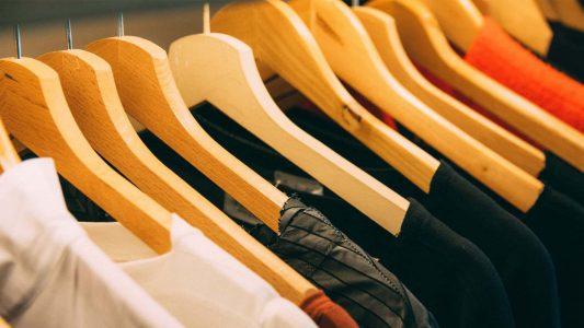Μπλούζες που αλλάζουν χρώμα και σχέδιο;